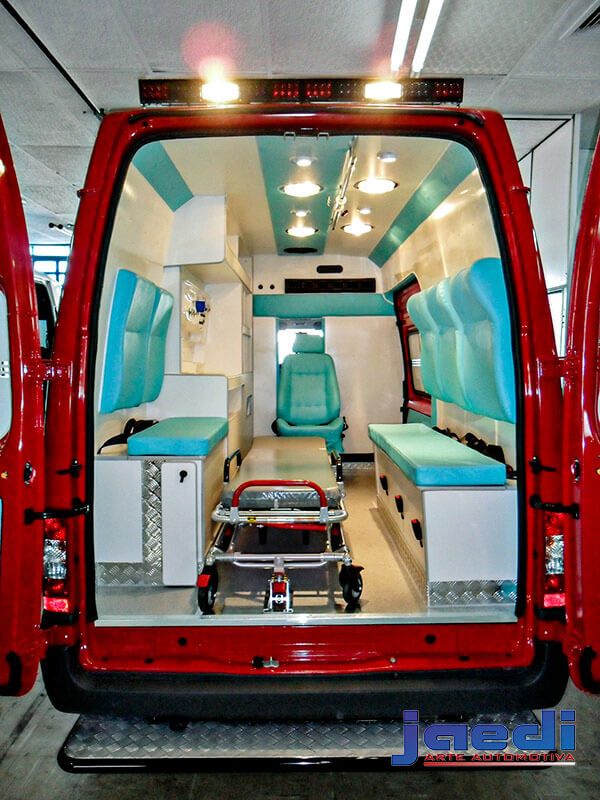 Transit Ambulancia